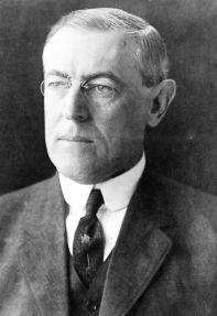492px-president_woodrow_wilson_portrait_december_2_1912.jpg